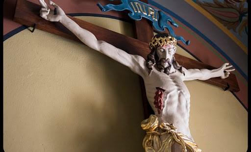 Pourquoi les chrétiens vénèrent-ils Jésus sur la Croix ?