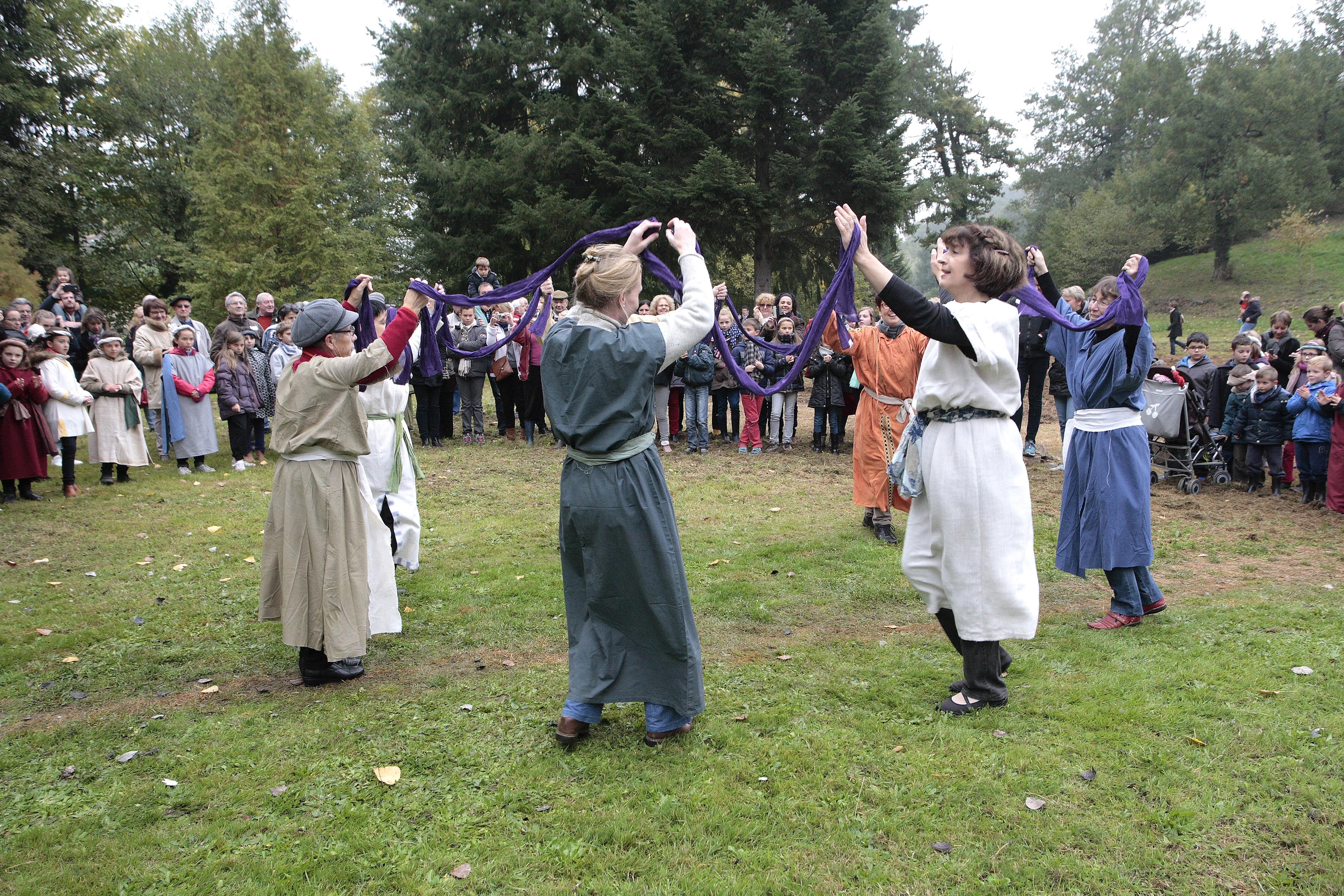 La danse juive, au coeur des Noces de Cana, sera à l'honneur dans Yeshua © DR