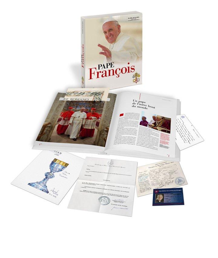 """""""Pape François"""", le livre-objet de Marie Duhamel"""