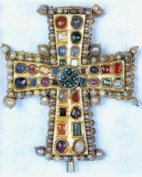 Croix byzantine de Tournai (c) Interpol