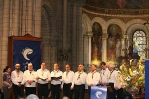En 2015, une chorale des Scouts musulmans de France avait interprété des chants en langue arabe.