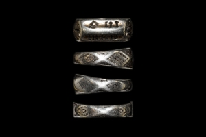WEB RING JOAN OF ARC © © TimeLine Auctions