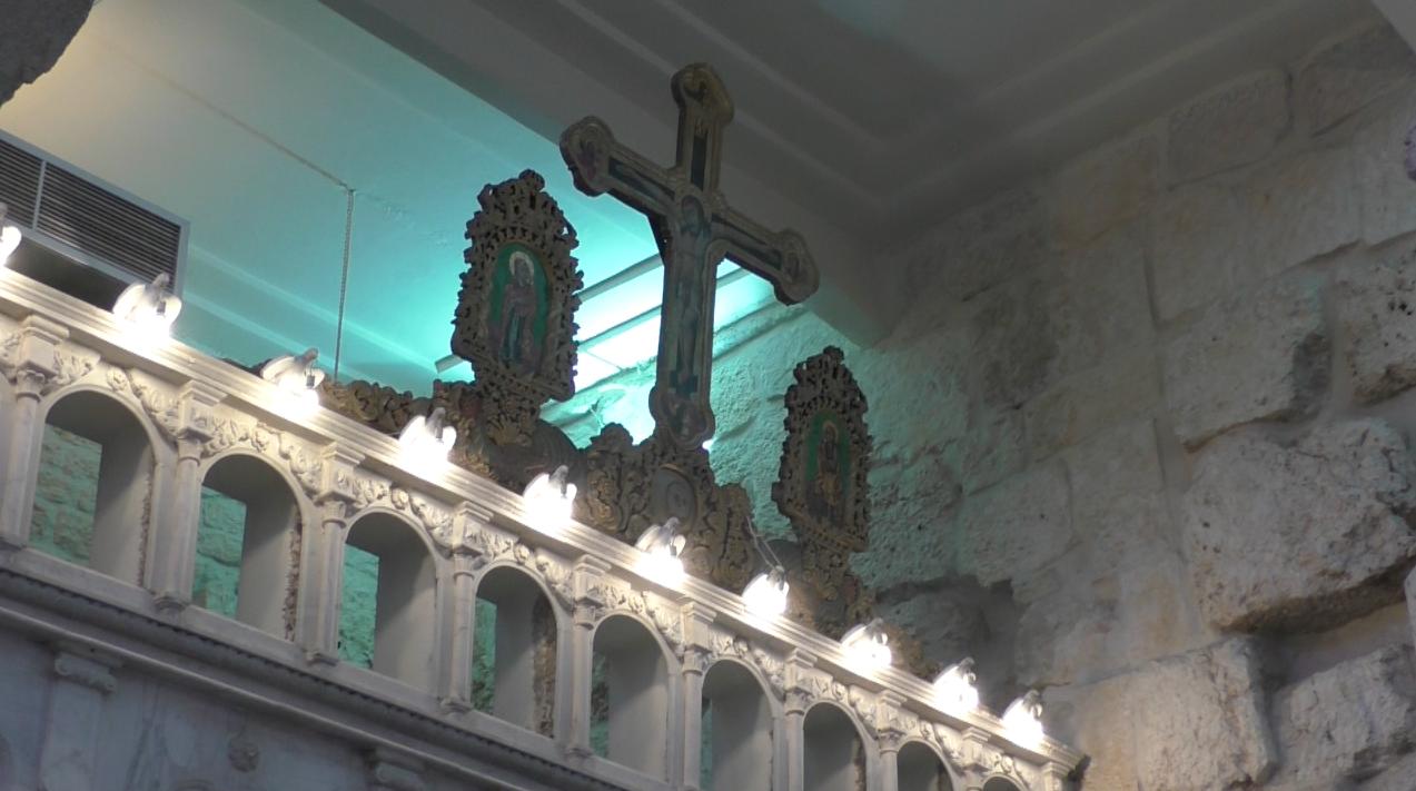 Les icônes de l'iconostatse de l'église de Yabroud ont été démontées © Charlotte d'Ornellas