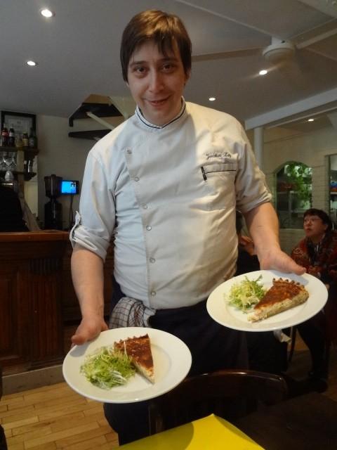 Jonathan Lutz dans son restaurant © GP