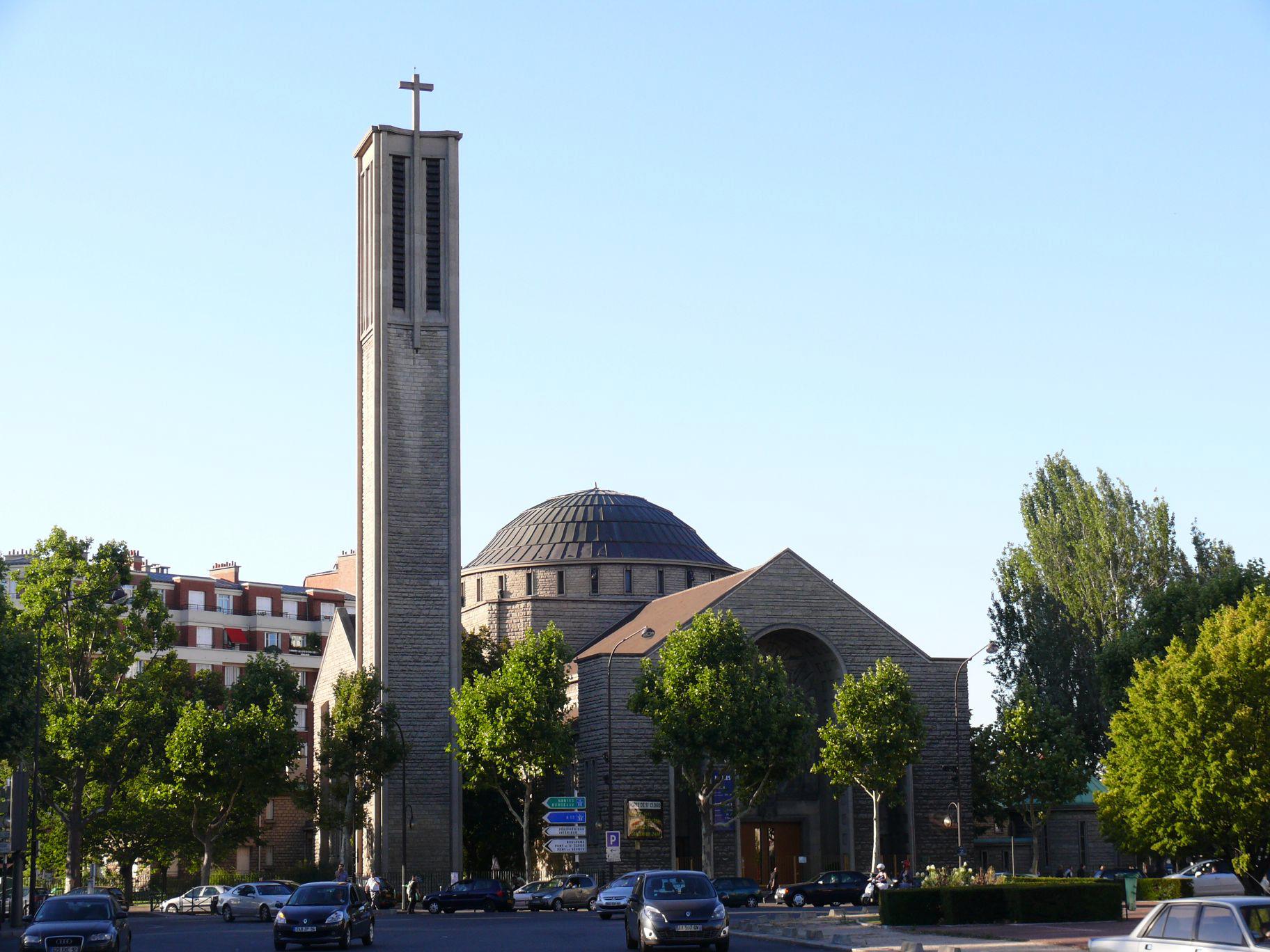 WEB CHURCH SAINTE JEANNE DE CHANTAL PARIS ©Wikimedia