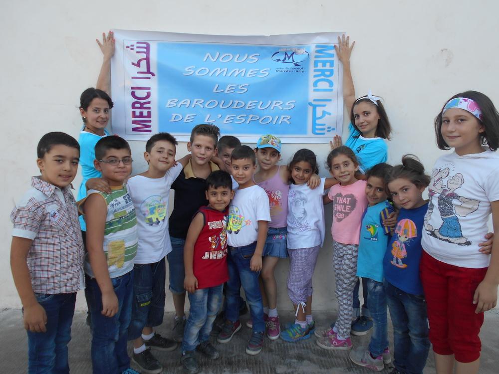 À Alep, les enfants syriens remercient les Bardoudeurs