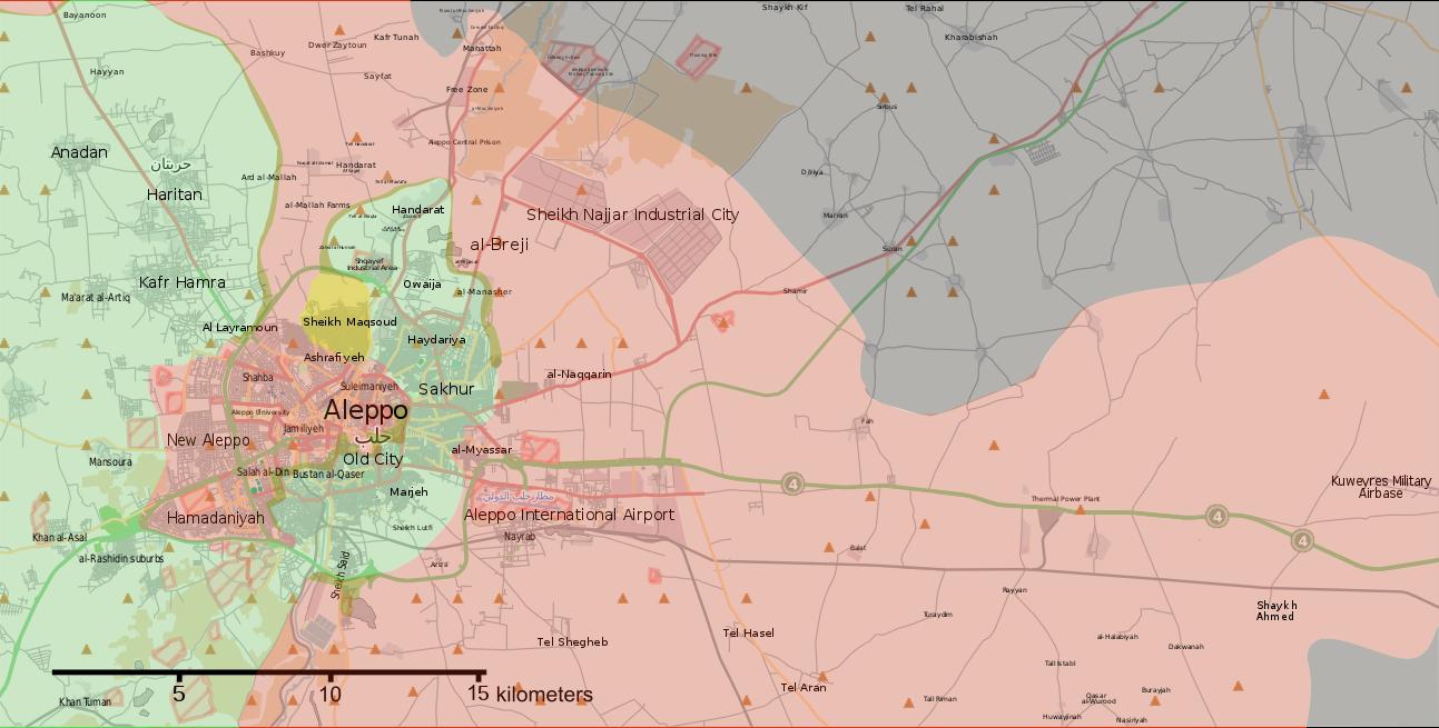 La situation à Alep le 6 août 2016, L'armée arabe syrienne a fait sa jonction au nord depuis mi-juillet. Les rebelles en vert, ont attaqué au sud et sont parvenus à briser le siège imposé aux quartier Est.