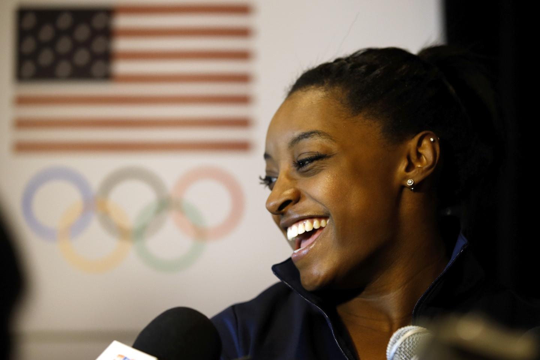 7 juin 2016, à Beverly Hills (Californie). La gymnaste Simone s'exprime devant les médias. © Todd arshaw/Getty Images for the USOC/AFP