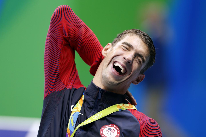 9 août 2016, lors des JO à Rio. Le nageur américain Michael Phelps assiste à la cérémonie de remise des prix du 200 mètres 4 nages individuel masculin. Il a remporté la médaille d'or avec un temps de 7 minutes et 0,66 secondes. © CHINA OUT