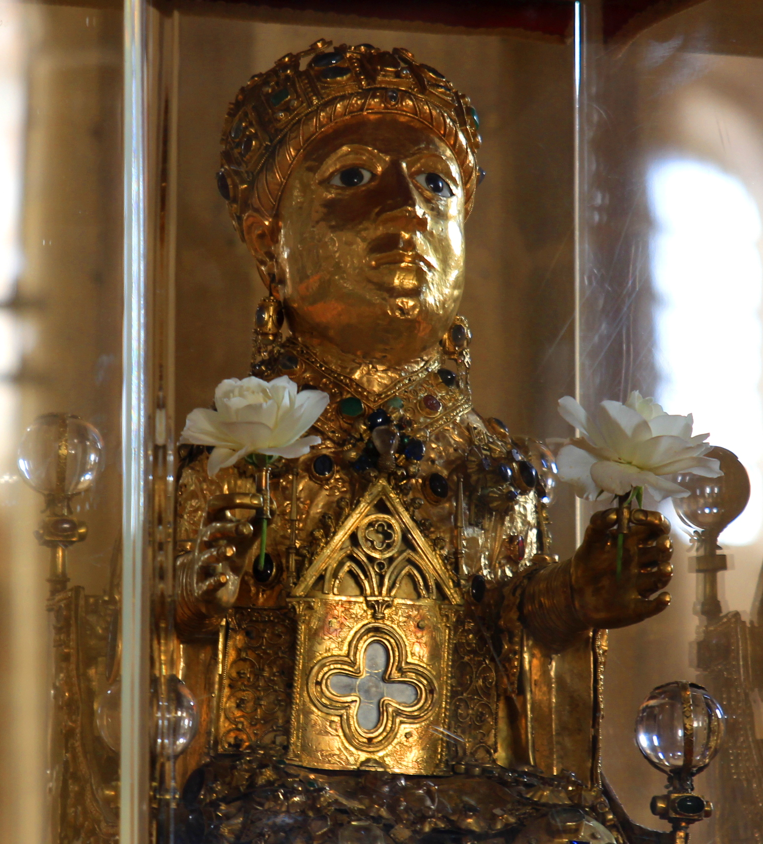 Statue reliquaire de Sainte-Foy de Conques ©Wikimedia