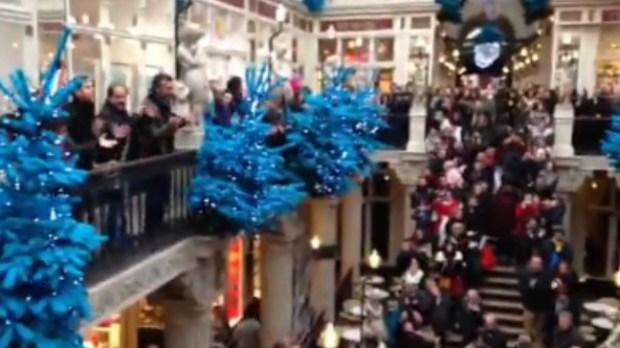 Capture du flashmob de la chorale Les chants de coton - Les chants de coton/ DR