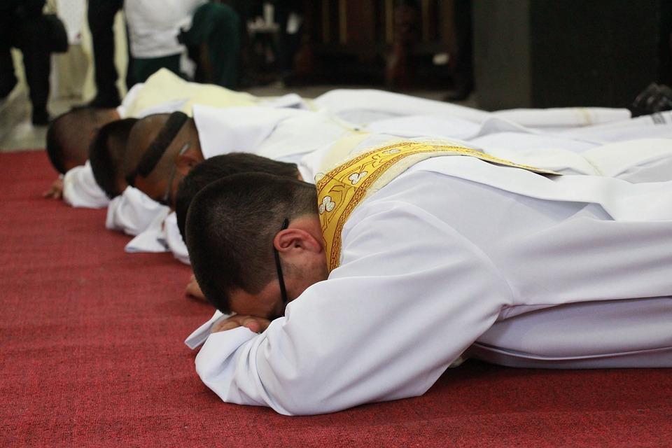 prêtre, célibat, sacerdoce