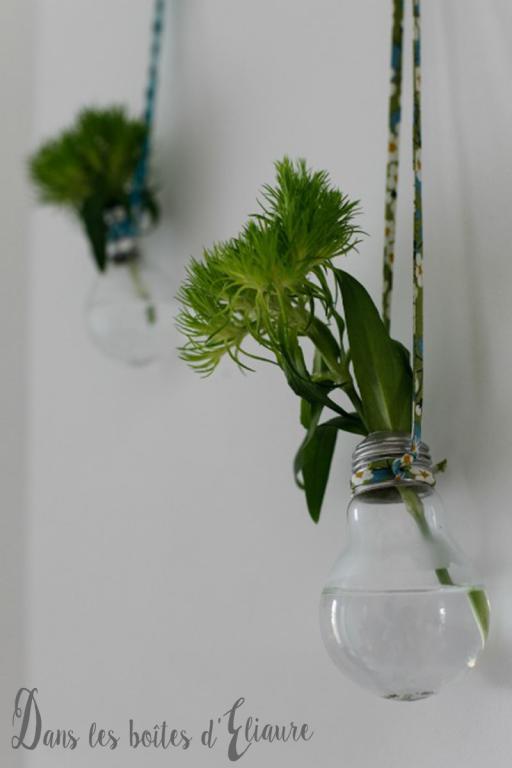Transformer une ampoule en soliflore