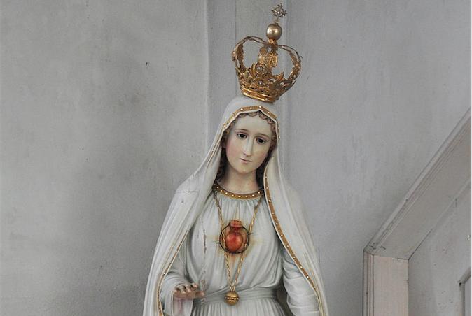 Statue de Notre Dame de Fatima © Wikipedia