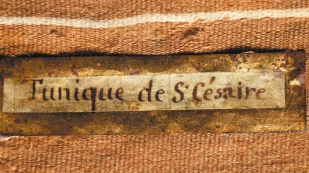 Tunique de Saint Césaire