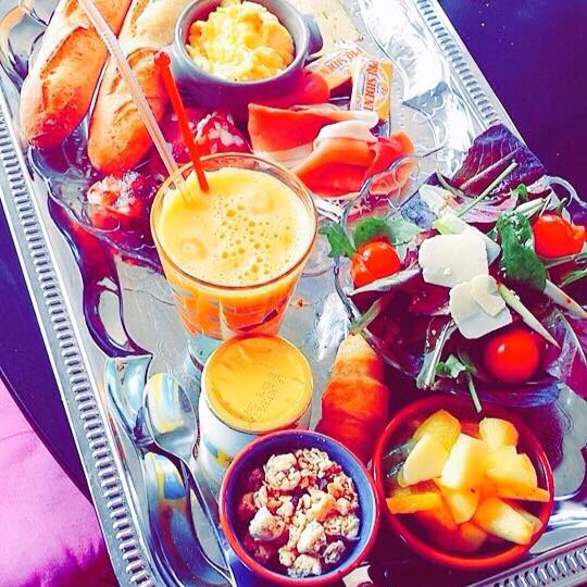 BRUNCH BY JF