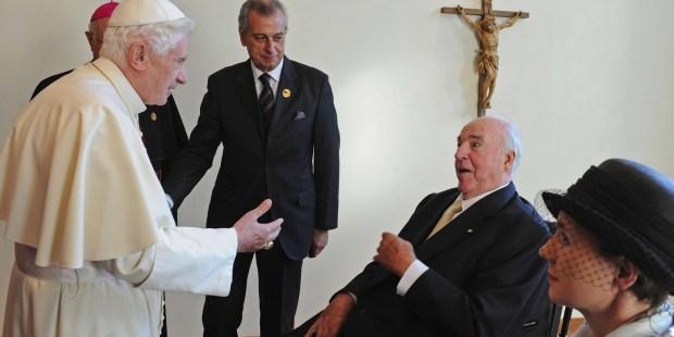 HELMUT KHOL POPE