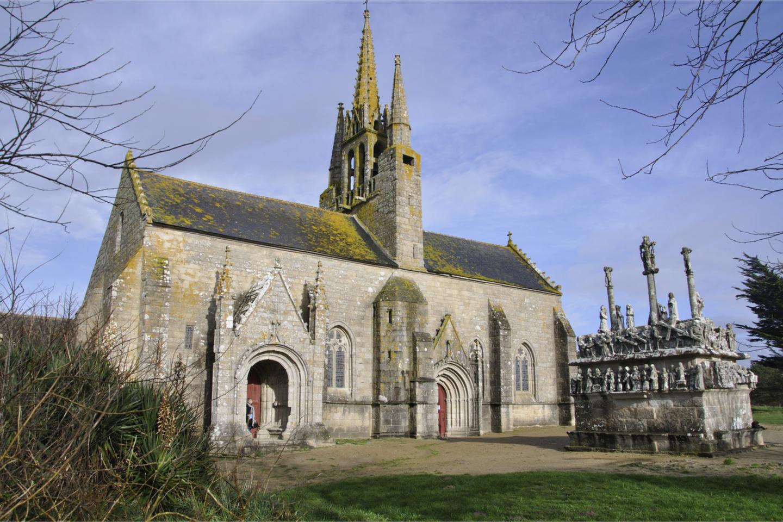 Chapelle de Tronoën et son calvaire