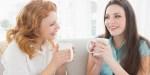 DEUX FEMMES CONVERSATION