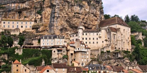 diapo-les-10-etapes-les-plus-connues-de-saint-jacques-de-compostelle-4405