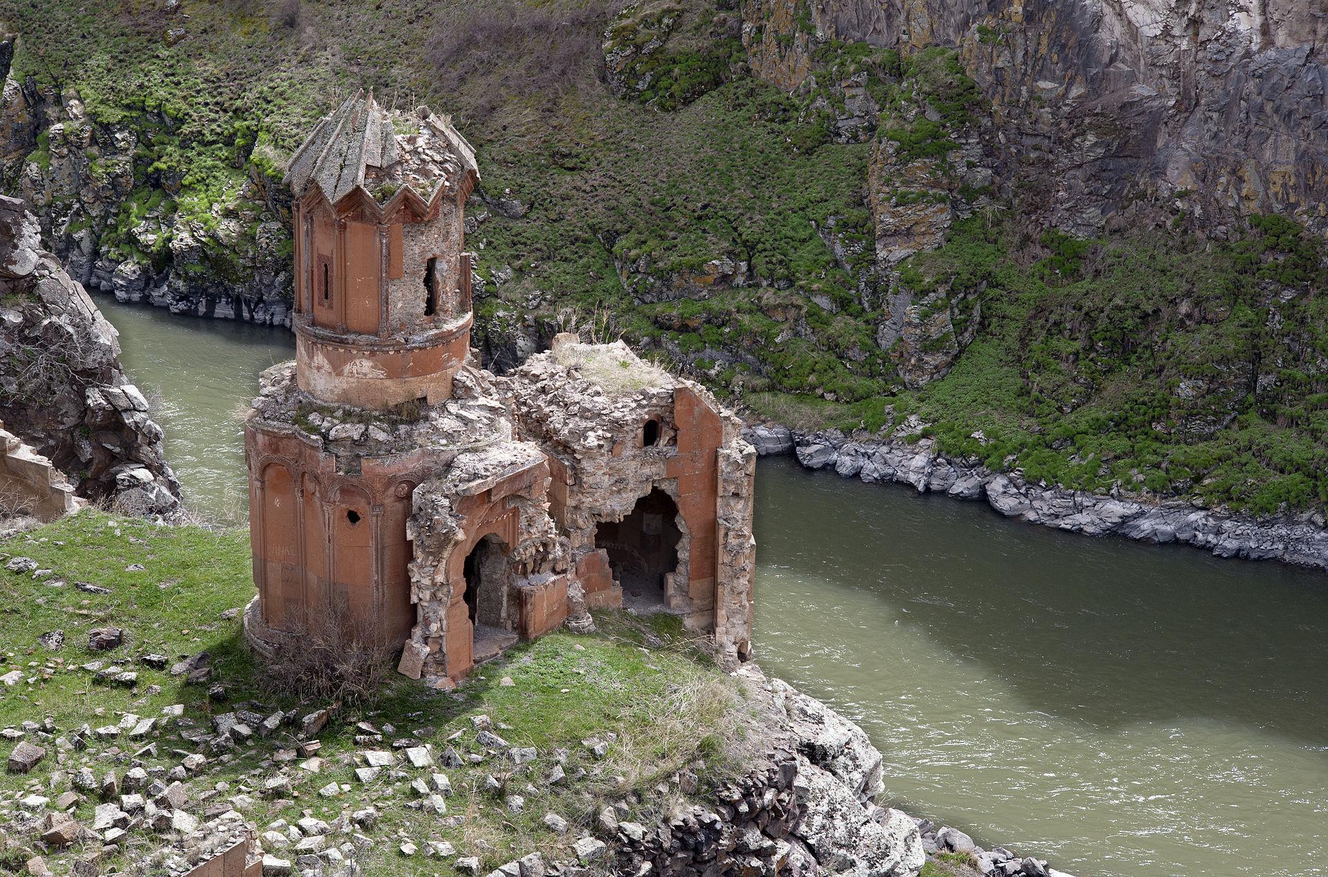 Monastère des Vierges à Ani