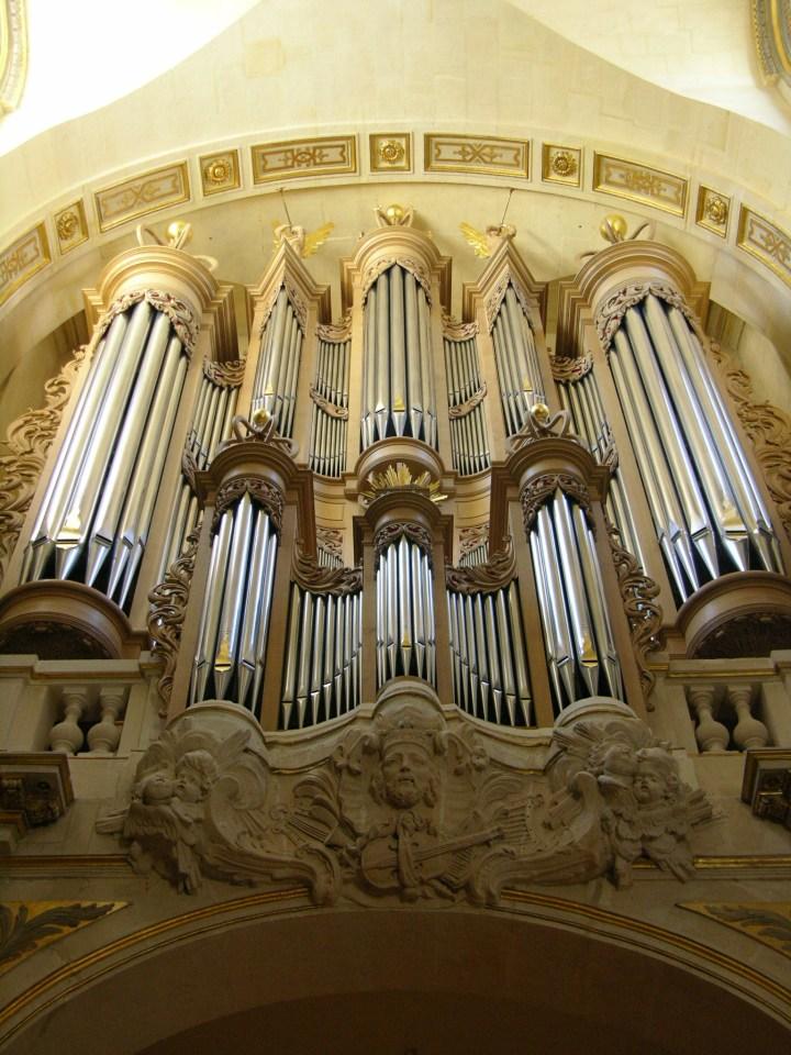 Saint-Louis en l'Île (4e) : Benjamin Viaud, Glass en miroir, performance musicale à  l'orgue.