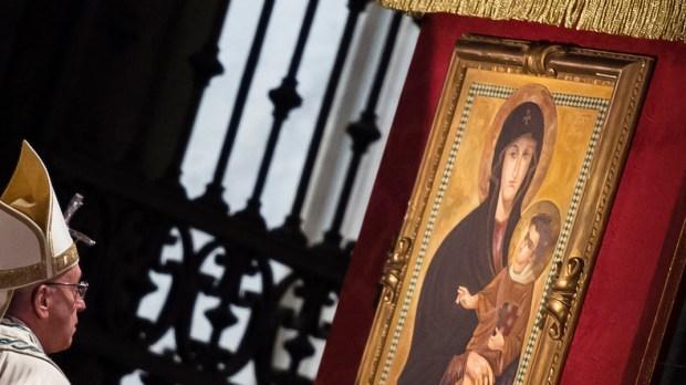 PAPE FRANÇOIS ET LA VIERGE MARIE SALUS POPULI ROMANI