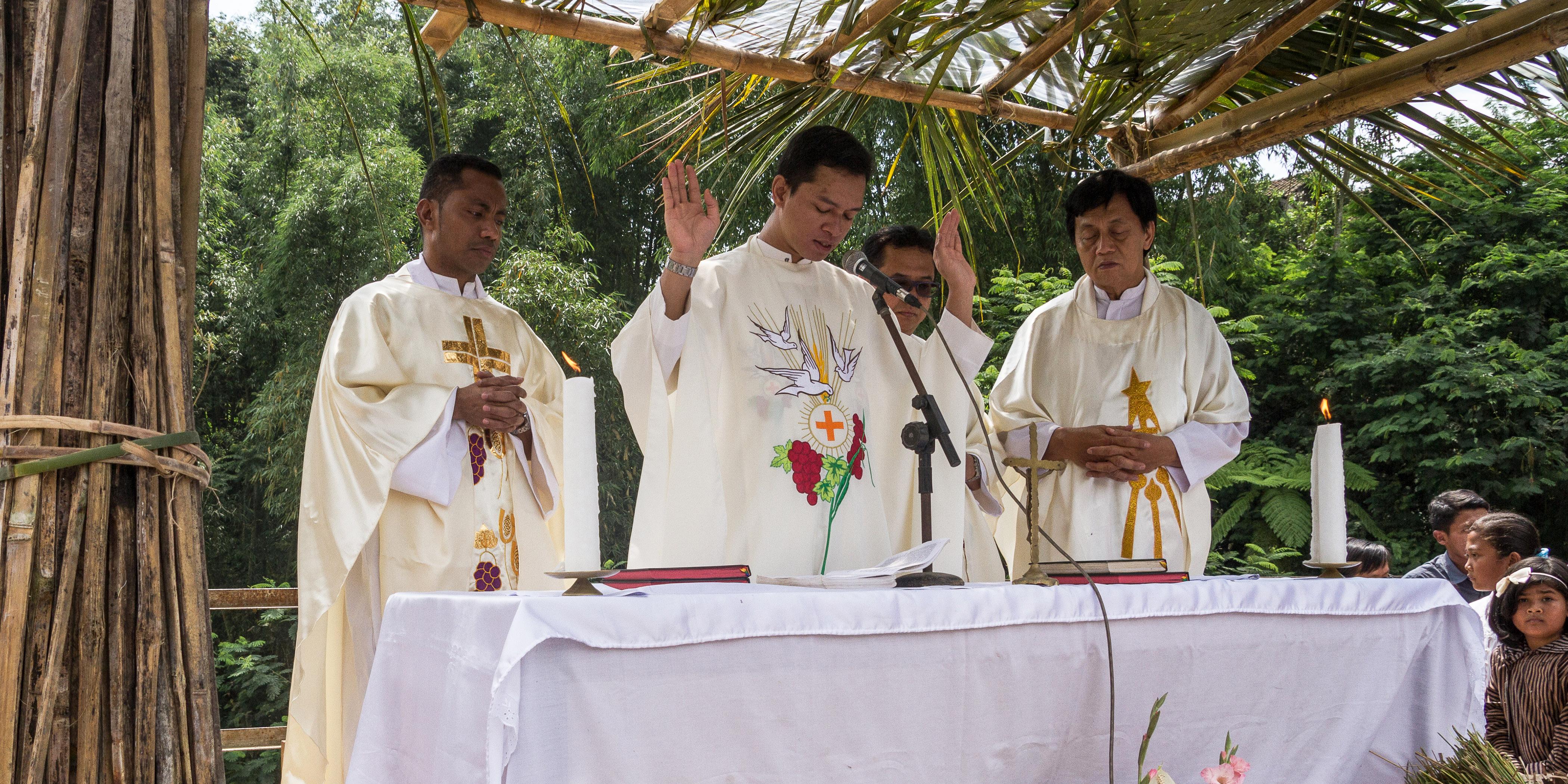 PRIESTS INDONESIA