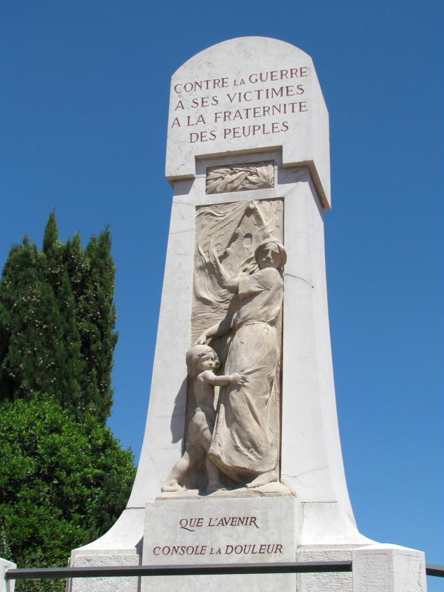 Monument aux morts de Dardilly dans le Rhône