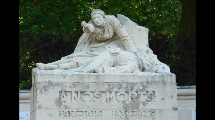 Monuments aux morts de Péronne dans la Somme