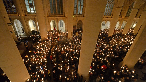 Procession de la saint Nicolas à Saint-Nicolas-de-Port en Lorraine