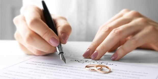 SIGNER UN CONTRAT DE MARIAGE