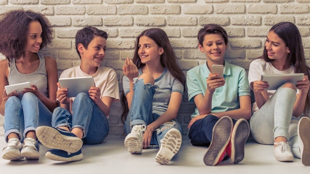GROUP TEENAGERS
