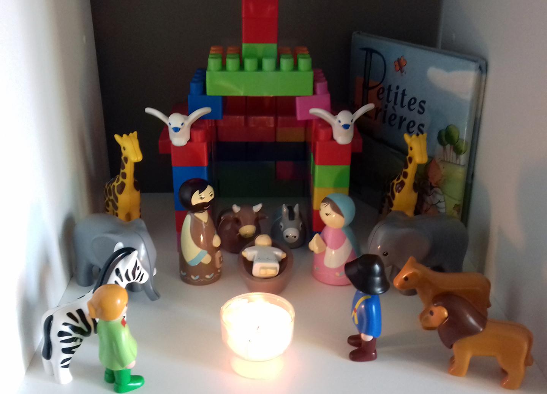 CRECHE LEGO ET PLAYMOBIL