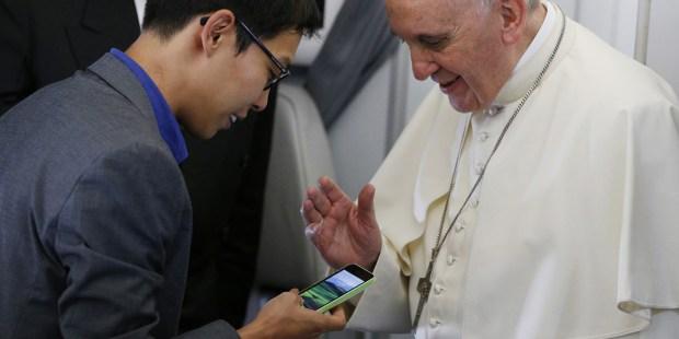 POPE SMARTPHONE