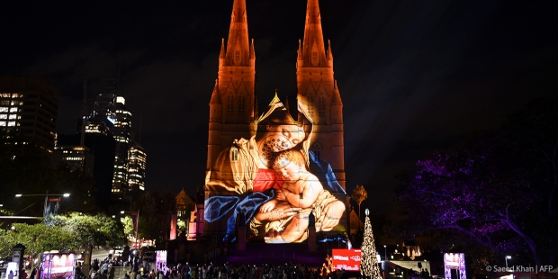 PROJECTION,CATHEDRAL