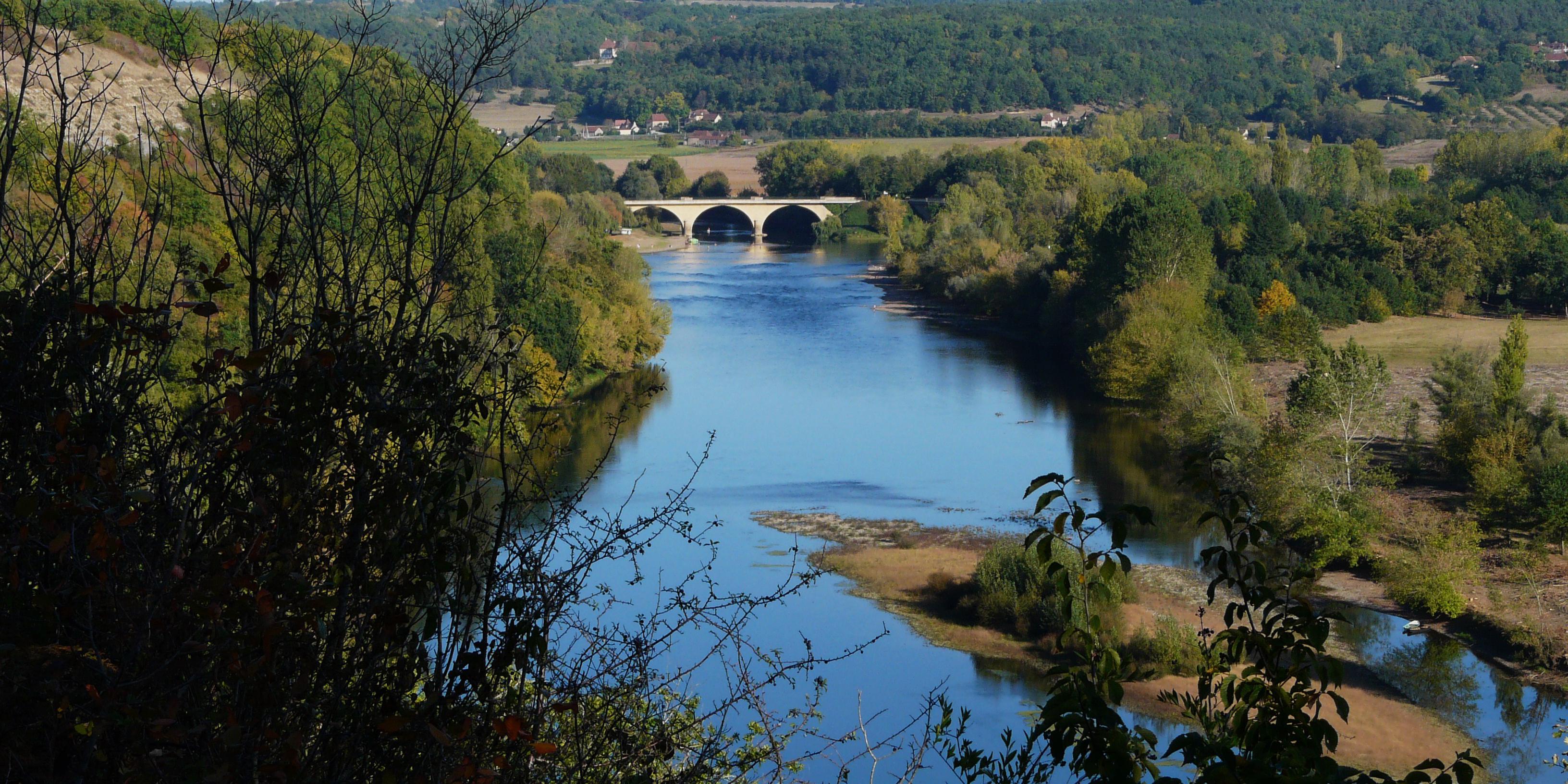 vezere river