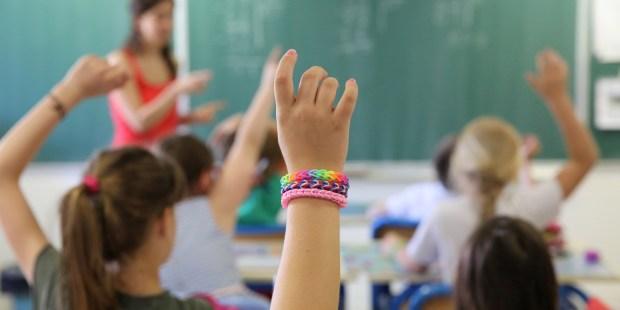 SCHOOL HAND