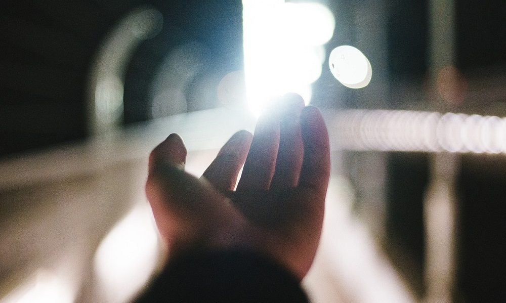 HAND SEEKING LIGHT