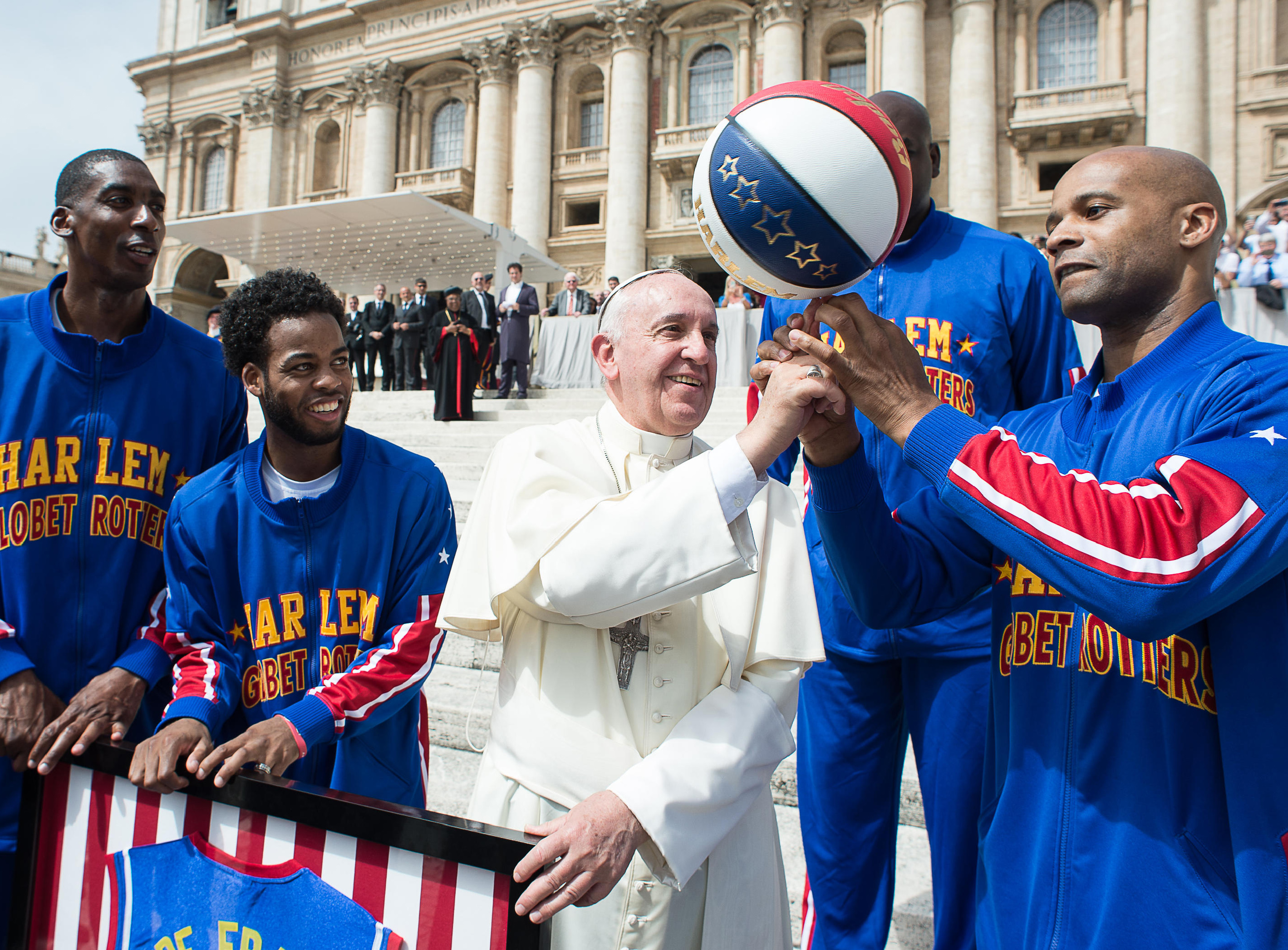 POPE BASKET PLAYERS