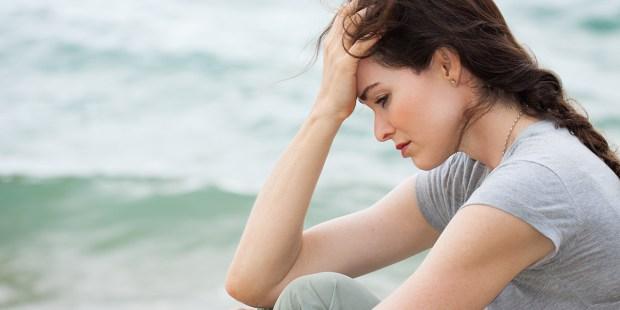 WOMAN DEPRESSED SAD