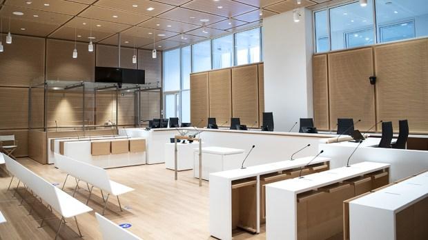 PALAIS DE JUSTICE OF PARIS COURTHOUSE