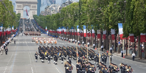CHAMPS-ELYSEES JULY 14