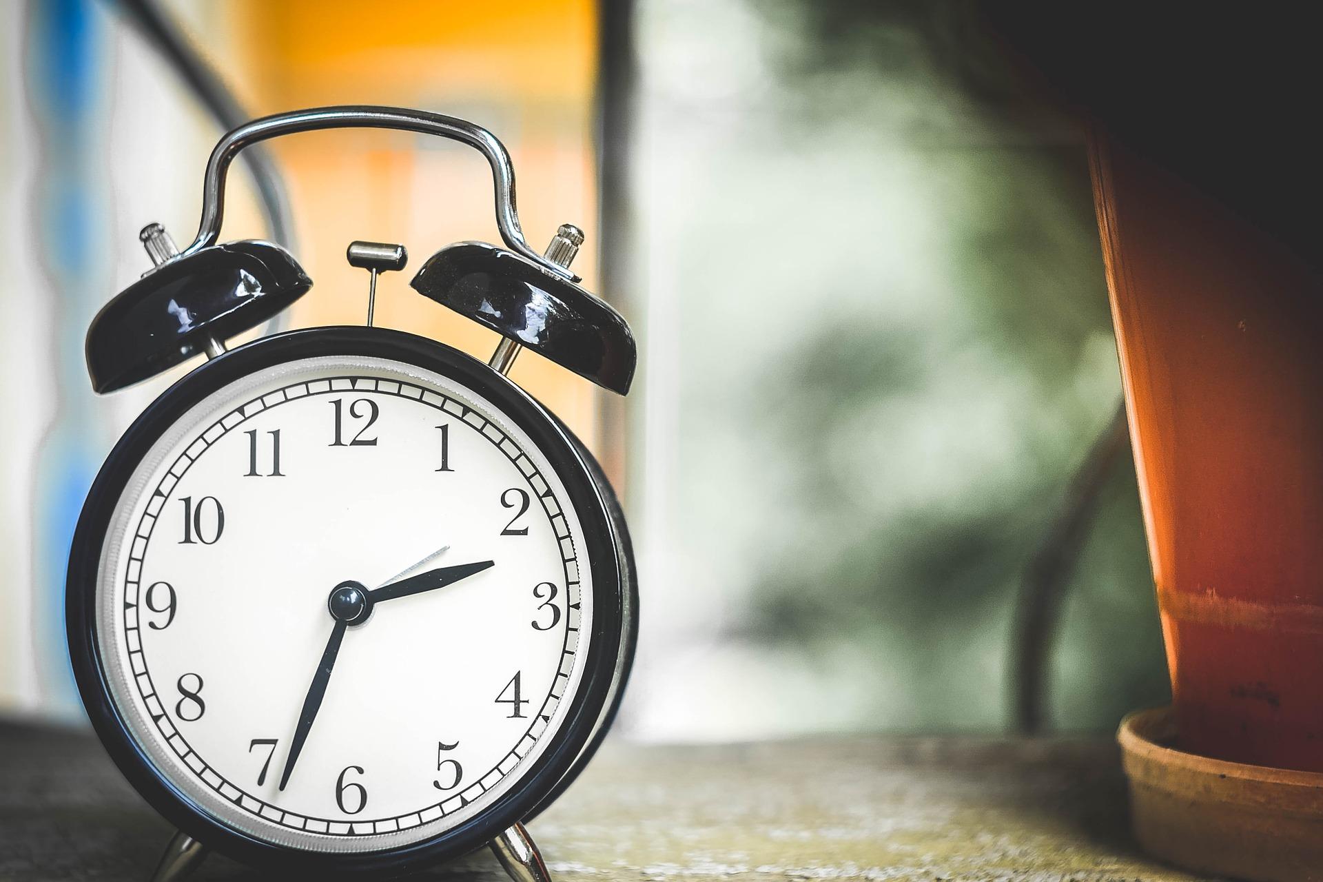 SLEEPING; CHANGE, HOUR