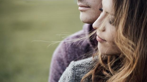 COUPLE,RELATIONSHIP
