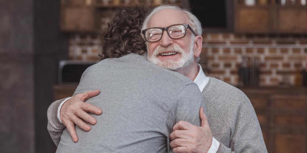 HUG SON