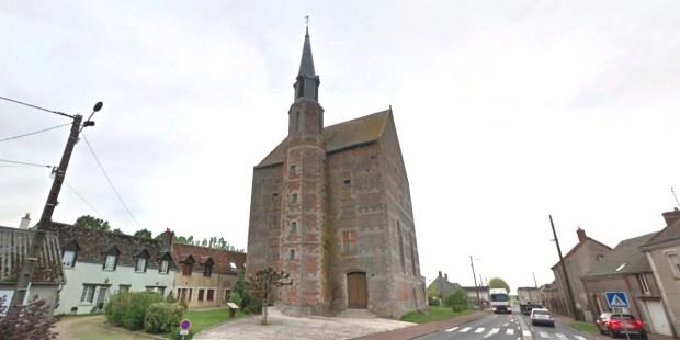 Une église installée dans un ancien manoir