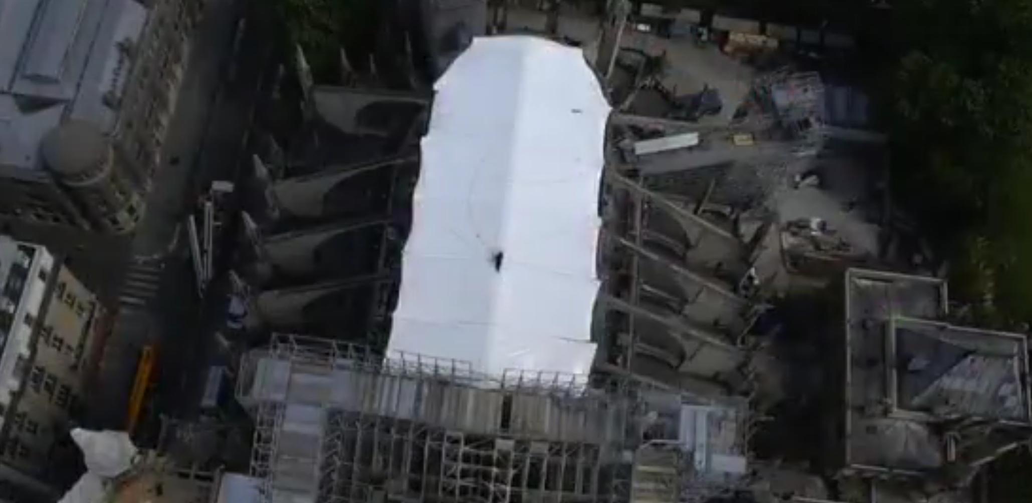 Bâche de protection de Notre-Dame de Paris