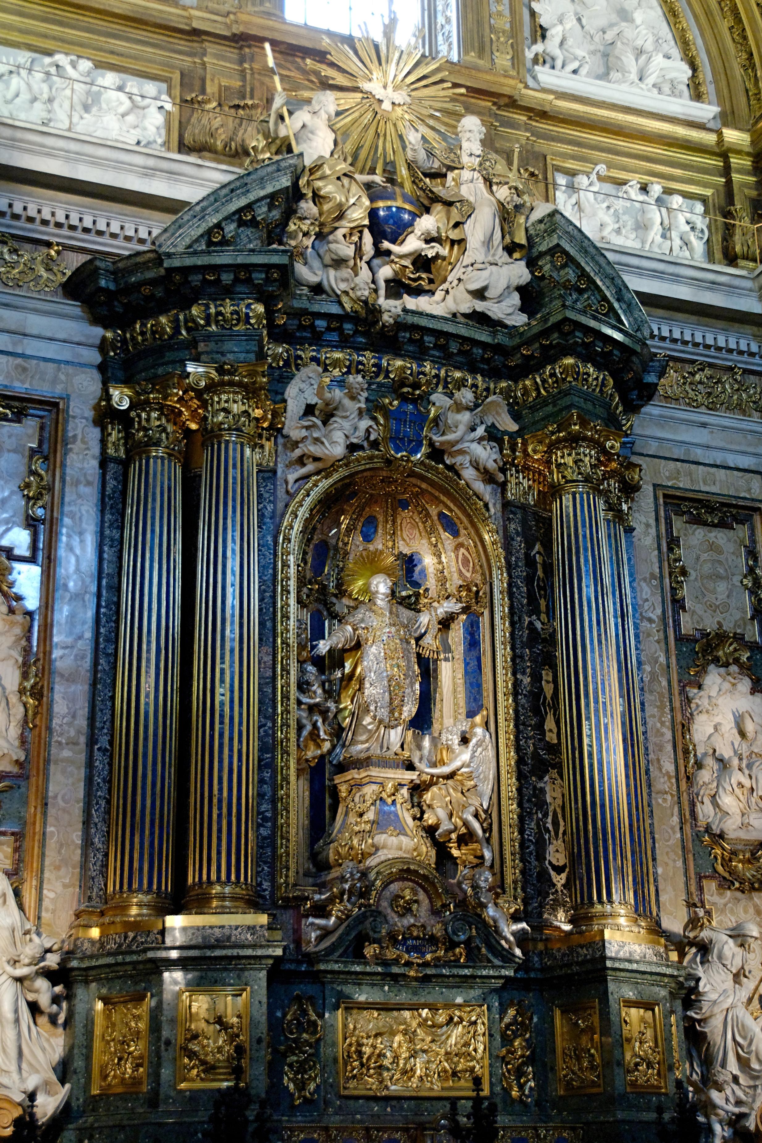 statue de saint ignace de Loyola