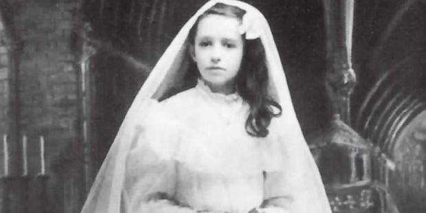 Dina Bélanger, first communion